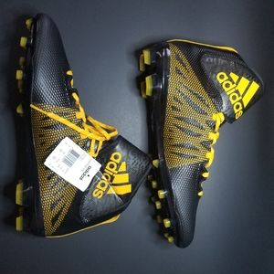 2 For 99 Adidas dual threat cleats NWOB